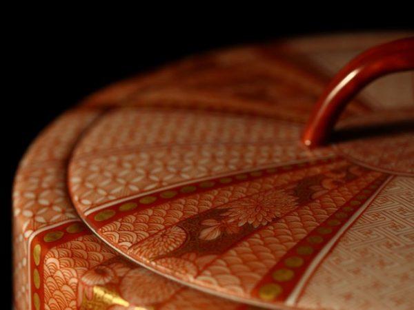 企画展『華雅やきの赤絵細描 - 九谷赤絵の妙技』開催中