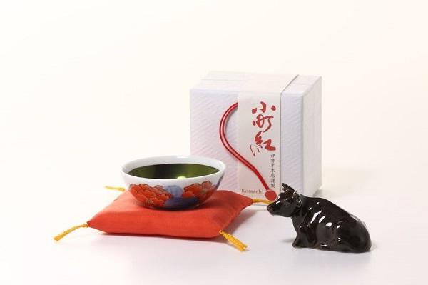 「寒中丑紅」牛の置物プレゼント