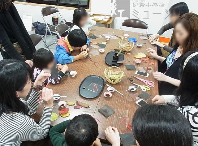 11/3(火・祝)「赤坂氷川神社で紅を知る」にて出張ワークショップを行いました